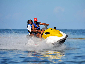Roatan Jet Ski, Reef Snorkel and West Bay Beach Break Excursion