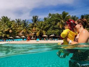 Roatan Las Sirenas Beach Resort All Inclusive Day Pass Excursion