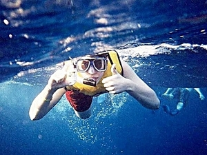 Roatan Private Catamaran Sail and Snorkel Charter Excursion