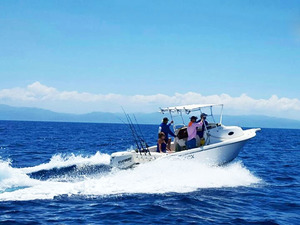 Roatan Private Deep Sea Fishing Charter Excursion