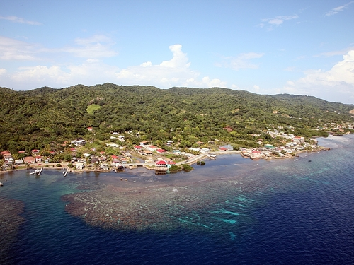 Roatan West End Booking