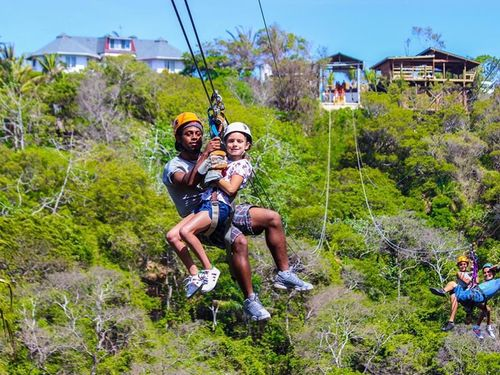 Roatan Ziplining Excursion Reviews