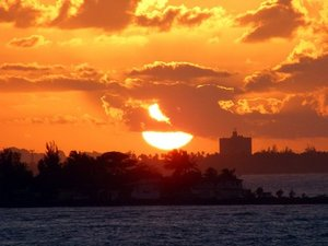 San Juan Sunset and Sightseeing Big Boat Excursion