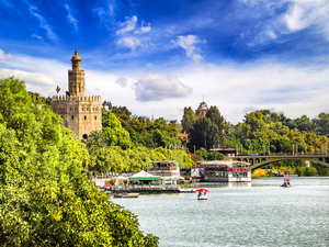 Seville Highlights Sightseeing Excursion from Cadiz