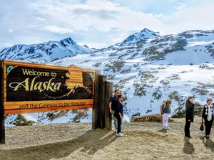 Skagway White Pass Summit and Highlights Excursion