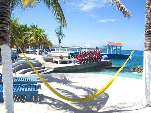 Cozumel beach and pool area Excursion
