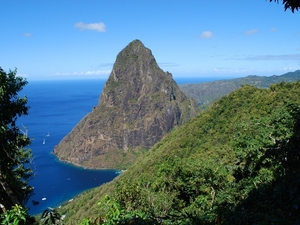 St. Lucia Land and Sea Island Sightseeing and Snorkeling Excursion with Lunch