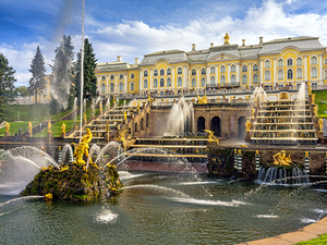 St. Petersburg 2 Day Small Group City Highlights with Boat Ride Excursion