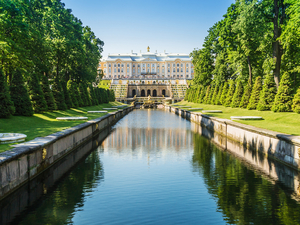 St. Petersburg Small Group Catherine, Yusupov Palace, Spilt Blood and Peterhof Fountains Excursion