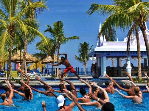 Falmouth Riu resort day pass Tour Cost