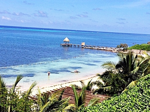 Roatan Honduras beach club Tour Booking