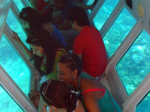 Roatan semi submersible Cruise Excursion Tickets