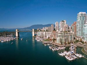 Vancouver City Sightseeing and Lookout Excursion