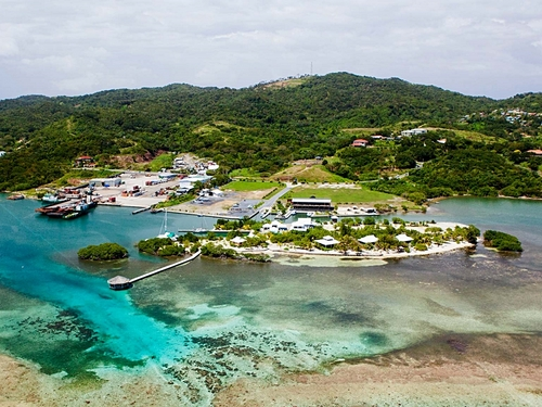 Roatan  Honduras certified SCUBA diving Reviews