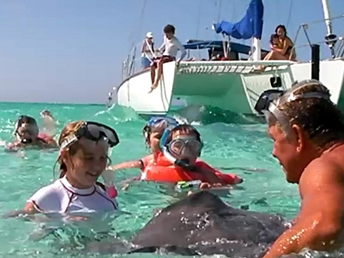 Grand Cayman  George Town sail and snorkel Reservations
